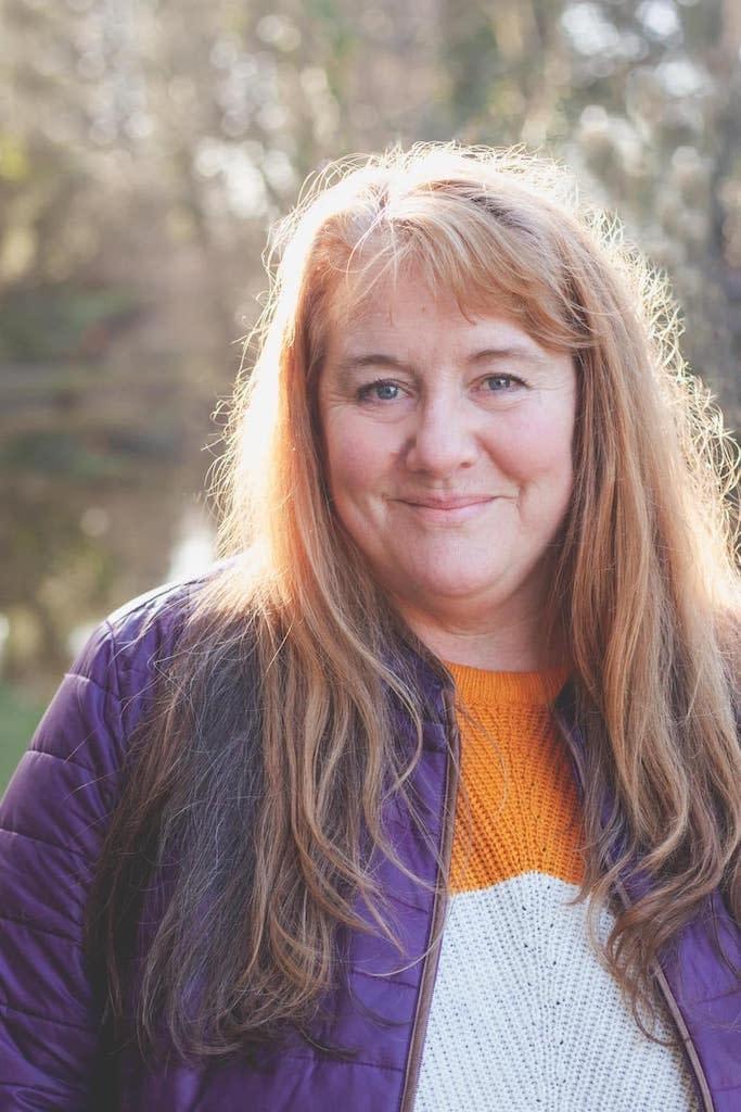 Paula Eales